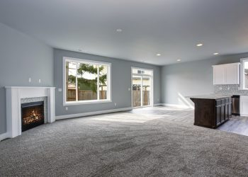 Living room, unfurnished, carpet cleaning